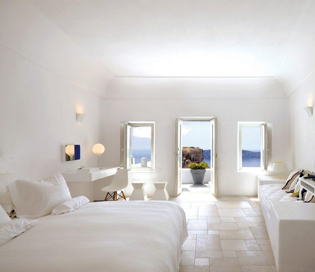 Honeymoon Suite with Plunge Pool_Grace Santorini