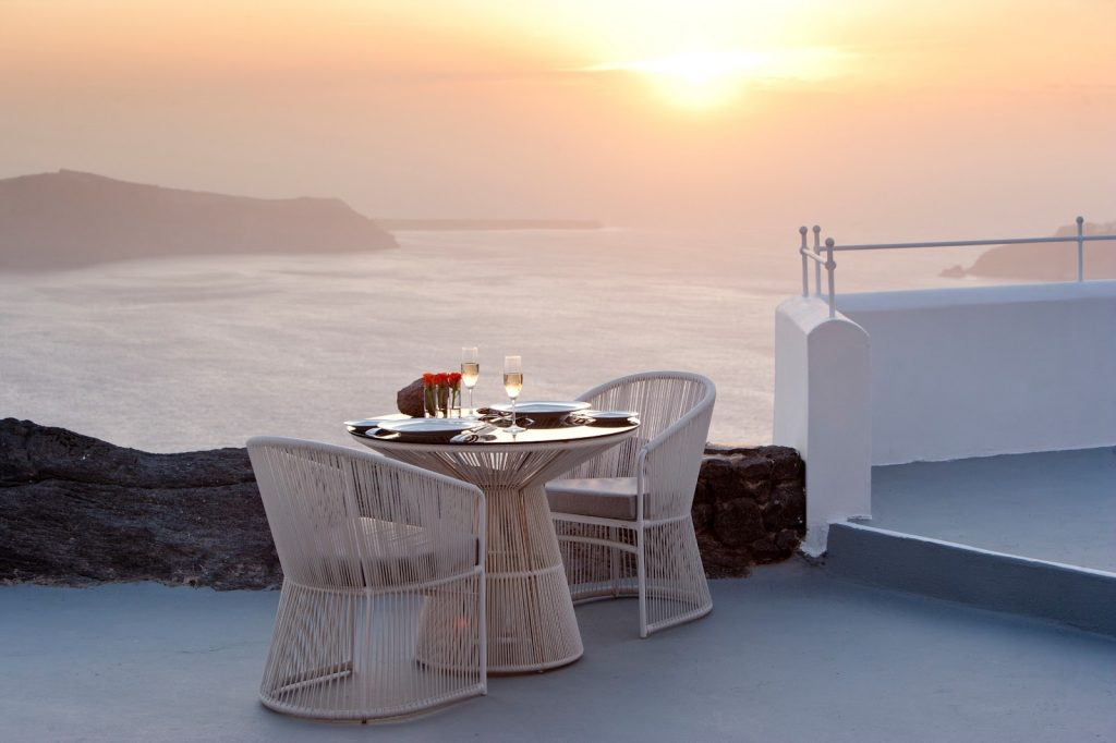 Villa Sunset Romance Dining_Grace Santorini